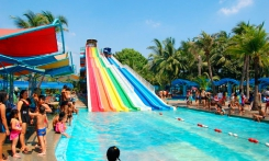 Read more Siam Park Bangkok Water Park